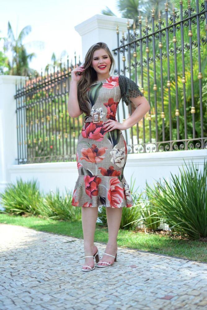 Vestido Tubinho Estampado  Flores com Mangas de Tules Moda Evangélica 3